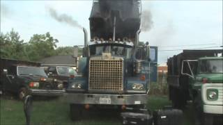 getlinkyoutube.com-1974 Diamond Reo Dump Truck