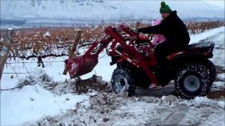 getlinkyoutube.com-The ORIGINAL GROUNDHOG ATV LOADER