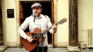 getlinkyoutube.com-Alex Clare - Too Close (Live Unplugged)