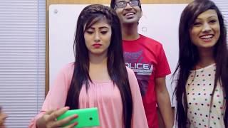 getlinkyoutube.com-Selfie Style - Selfie Tips Video ft, Safa kabir