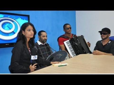 Arriba Saia faz maior 'auê' nos estúdios do RADAR 64