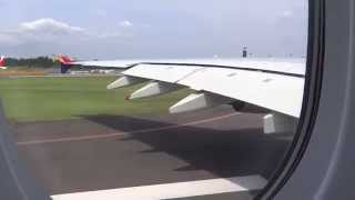 getlinkyoutube.com-巨大旅客機A380の離陸を機内から撮影  -Asiana A380-800 Takeoff at Narita International Airport -