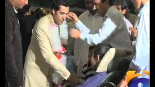 getlinkyoutube.com-umar gul valima at peshawar.flv
