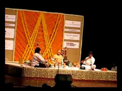 Ustad Zakir Hussain and Pandit Hariprasad Chaurasia Live 2010 -Part1.avi