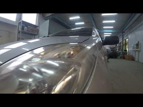 Toyota Yaris установка биксеноновых линз