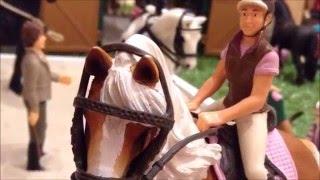 getlinkyoutube.com-Windsor Stables Episode 1 - Schleich horse movie