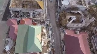 Tourist on riding out Irma in St. Maarten, fears of looters
