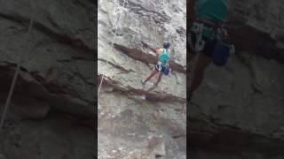 getlinkyoutube.com-Rock climbing in Fern Gully, AR