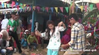 getlinkyoutube.com-नौमती बाजा मा गुल्मेली केटा र केटीको घम्सा घम्सी नाच ( गुर्जंग खड्का परिवार को पुजा)
