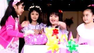 getlinkyoutube.com-Medley selamat ulang tahun happy birthday - Ivana dan Karyn dan Audy dan Cheryl