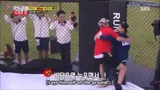 getlinkyoutube.com-Running Man Kang Gary nametag tearing skills 3