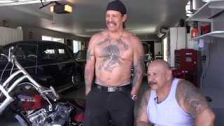 getlinkyoutube.com-OFFICIAL VIDEO: Casa de Machete / Danny Trejo by Gina Silva and David Honl
