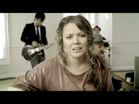 Jesse & Joy - ¡corre! video Oficial