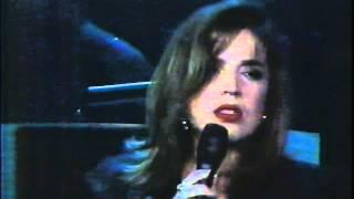 Ednita Nazario / Popurrí de Canciones / (Y Vero América Va!)