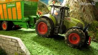 getlinkyoutube.com-RC TRACTORS at silage harvest - part 2 - farm toys in action