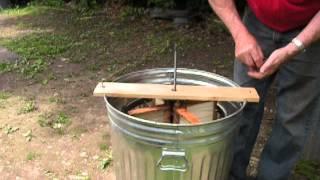 getlinkyoutube.com-homemade Honey extractor
