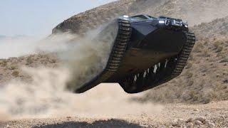 getlinkyoutube.com-Ripsaw EV2 Super Tank Luxury Vehicle offical Desert footage rc adventure