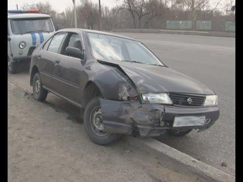 Пьяный водитель врезался в световую опору.MestoproTV