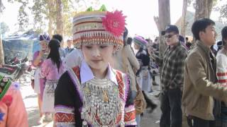 getlinkyoutube.com-ZUAG LAUJ NEW YEAR 2013 LAV 52 - HMONG SINGER ARTIST...SHE LIVES IN LAOS