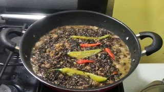 getlinkyoutube.com-Laing pork spicy