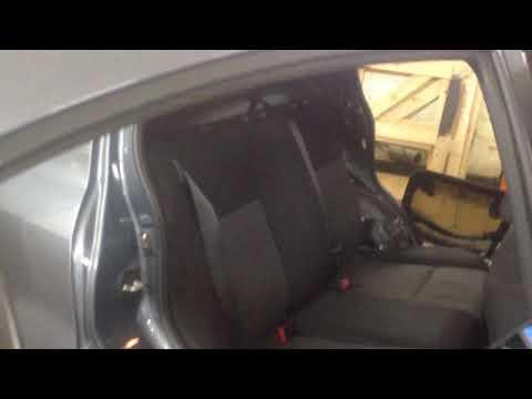 Снятие боковых спинок на Suzuki SX4 sedan.