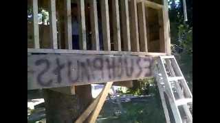 getlinkyoutube.com-Tree house / Stump House made from free pallets