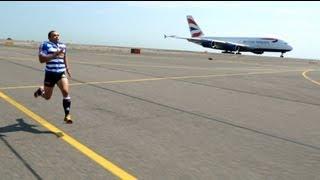 getlinkyoutube.com-British Airways - Man vs Plane