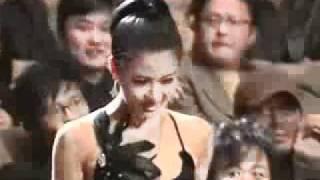 getlinkyoutube.com-Kang Dong Won and Ha Ji Won at Blue Dragon Award 2005