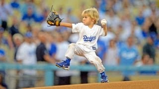 getlinkyoutube.com-Preschooler throws best first pitch at MLB game - Dodgers Baseball Prodigy Christian Haupt