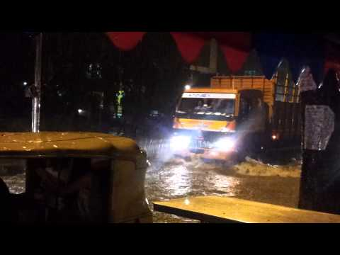 Heavy rain in Koramangala, Bangalore (22 May 2013)