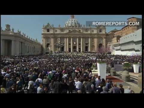 Pope talks about three points during Palm Sunday Homily  Joy  Cross  Youth