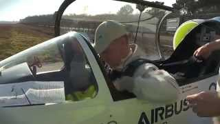 getlinkyoutube.com-EADS E-Fan - electric aircraft maiden flight