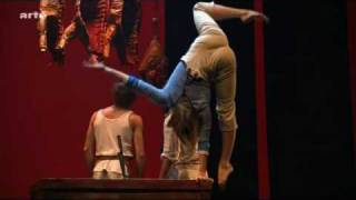 getlinkyoutube.com-Cirque Eloise Nebbia