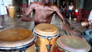 getlinkyoutube.com-Afro-Cuban Drum Master -- Alejandro Berillo
