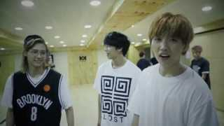 getlinkyoutube.com-B1A4 - '이게 무슨 일이야' 안무 영상 ('What's Happening?' Dance Practice Video)