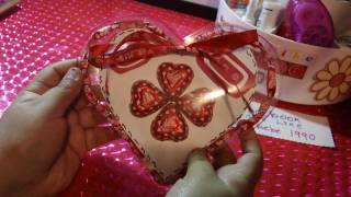 getlinkyoutube.com-SAN VALENTIN:corazon de acetato con dulses+cartita ORIGINAL