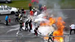 getlinkyoutube.com-Horrible crash Brno || Lamborghini Gallardo LP 560-4 BURNS ||