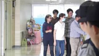 getlinkyoutube.com-แพทย์ให้ครอบครัว-แฟนสาว 'ปอ' เข้าดูอาการ!! รามาฯแถลงฉบับ4-เลือดออกน้อยลง