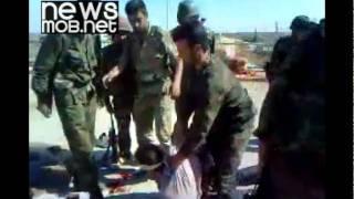 getlinkyoutube.com-Syrian army beat detainees [subtitled]