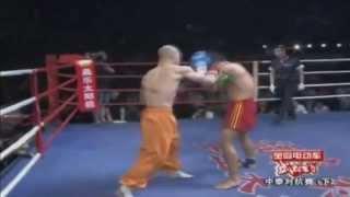 getlinkyoutube.com-Шаолиньский монах Yi Long против боксеров и других ударников!!!