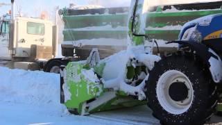 getlinkyoutube.com-Schulte Snow Blower loading trucks from streets in Humboldt Saskatchewan Canada