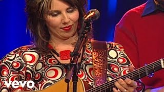 getlinkyoutube.com-Bill & Gloria Gaither - I'll Fly Away [Live] ft. The Isaacs