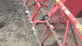 getlinkyoutube.com-Máy rải bê tông xi măng