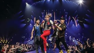 getlinkyoutube.com-Taylor Swift - The RED Tour DVD Part.3