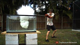 getlinkyoutube.com-Pouring Molten salt into Water - Explosion!
