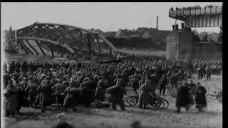 getlinkyoutube.com-Hitler's War The Eastern Front - ''The Death Trap''