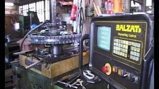 Baltzat CNC-kiilaurakone