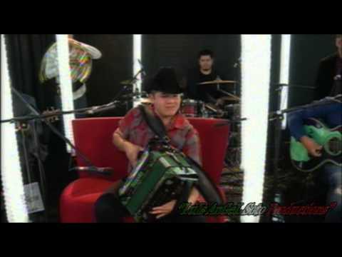 El Remmy Valenzuela - Intro Te Olvidare - 30 Cartas - En Vivo Videorola