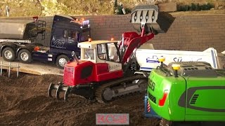 getlinkyoutube.com-Amazing RC Action - R/C trucks and construction machines in Sigmaringendorf after Xmas - part 6