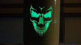 getlinkyoutube.com-Glow in the dark airbrushing, Toxic Toad glow paint
